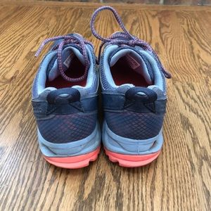 adidas Shoes - Adidas Kanadia Tr5 Running Shoe - size 8.5 *EUC*